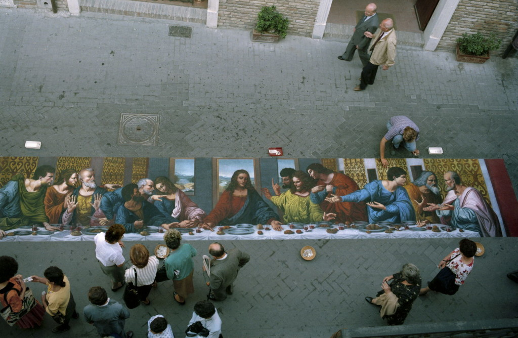 Wenner after Leonardo. The Last Supper. Loreto, Italy. The Last Supper was an all-time favorite of the public as well as street painters. The original is so faded that each street painter gives a different interpretation of the work.